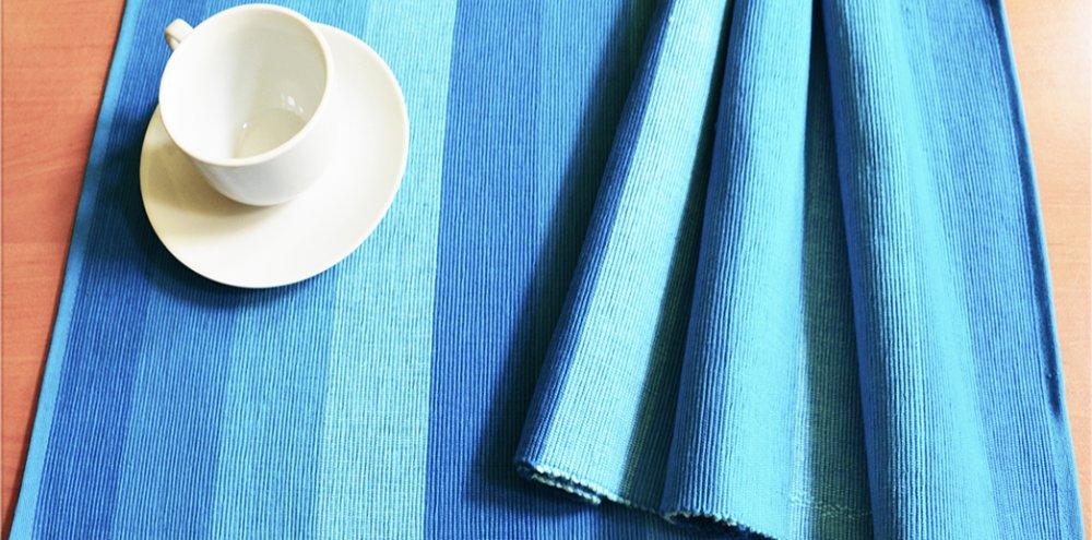 Prostírání proužky - modré