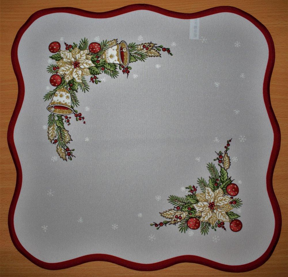 Vánoční ubrus Zvonky vínové 40 x 90cm