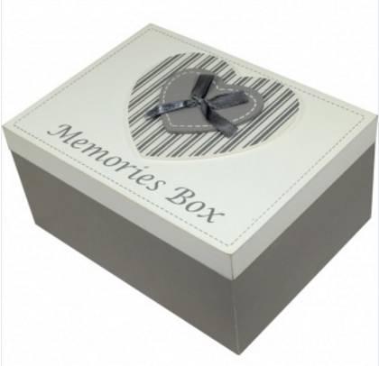 Dřevěná krabička na vzpomínky