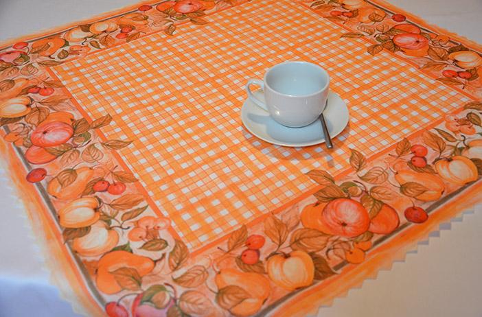 Teflonový ubrus tištěný Ovoce oranžový 75 x 75 cm
