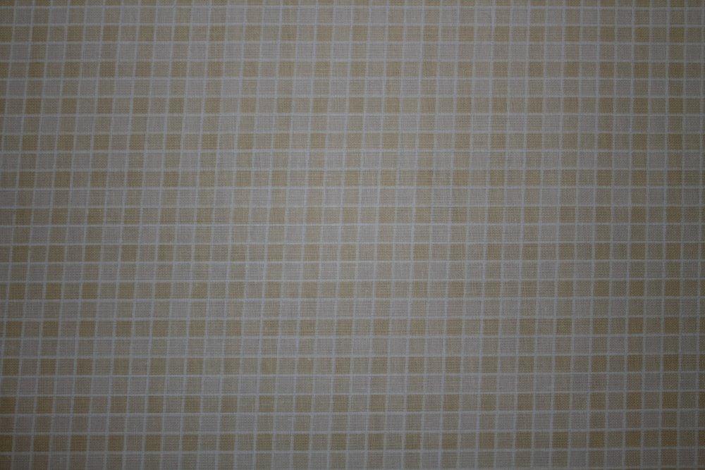 Dekorační látka Bavlna -kostka béžovo-šedá malá obšít okraje (23 Kč/bm) a našít stužku Small 2,5cm (31 Kč/bm) 140