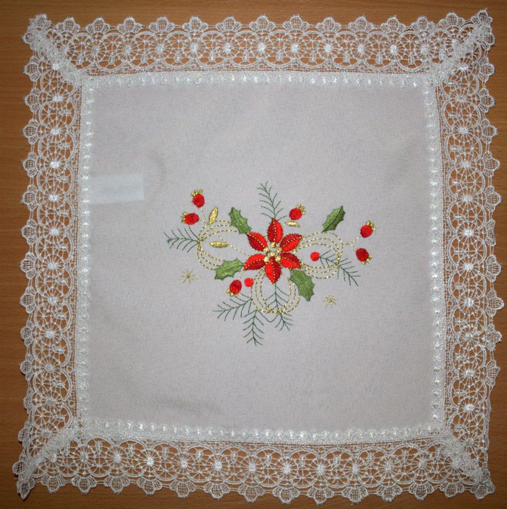 Vánoční ubrus vyšívaný - Vánoční hvězda 35 x 35 cm