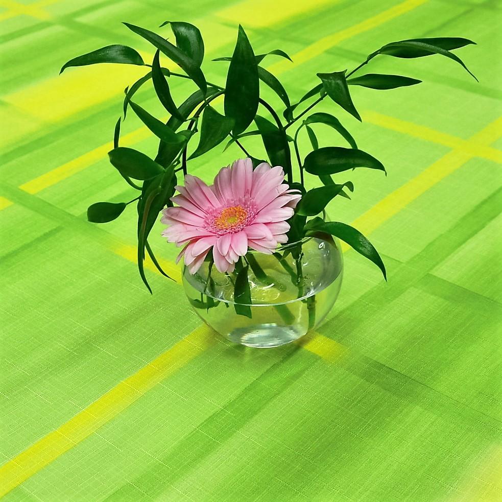 Teflonový ubrus tisk čtverce zelené 75x75cm
