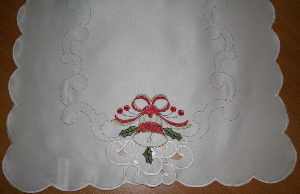 Vánoční ubrus vyšívaný - Zvonek 150 cm