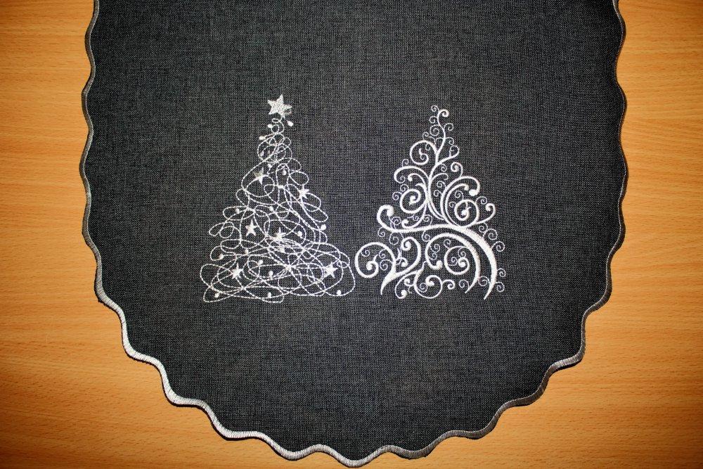 Vánoční ubrus vyšívaný - Vánoční stromeček 40 x 90 cm šedá